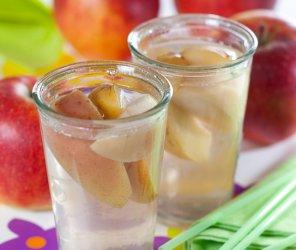 Kompot jabłkowy  prosty przepis i składniki