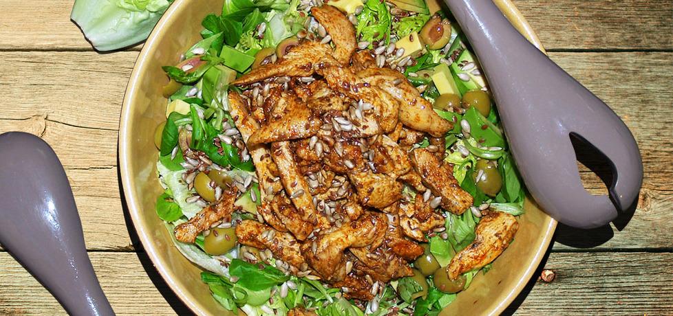 Sałatka z kurczakiem i awokado (autor: ali)