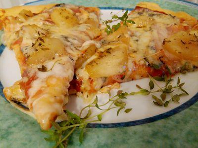 Pizza cztery sery z gruszką