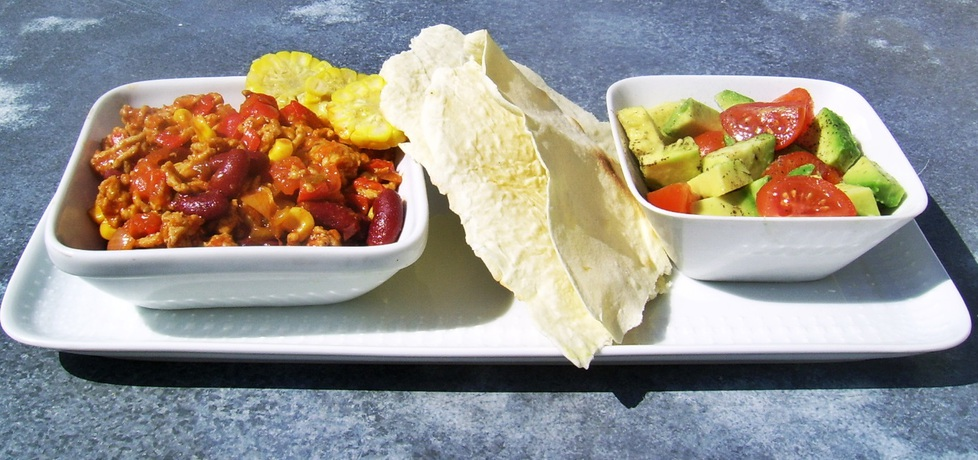 Chili con carne z sałatką avocado (autor: ania84)
