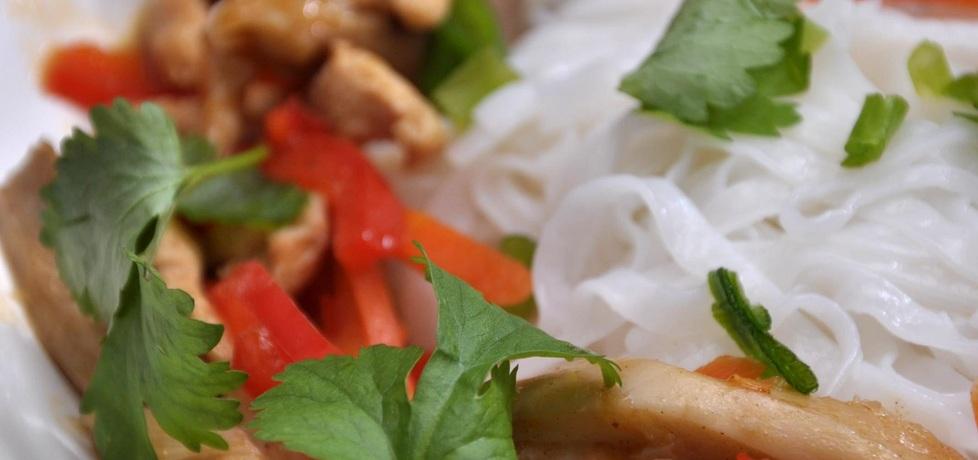 Kurczak z boczniakami po chińsku (autor: azgotuj ...