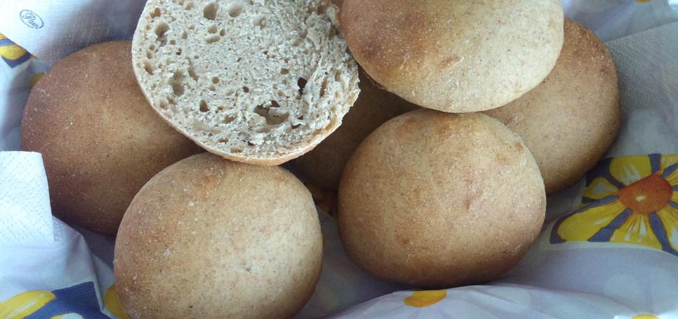 Bułki pszenne na zakwasie żytnim (autor: alexm)
