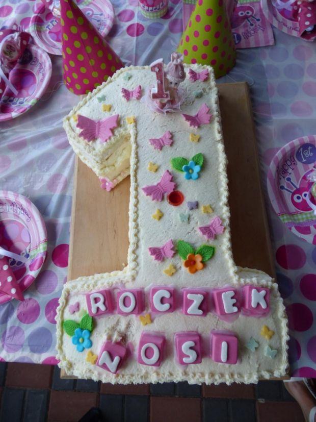 Przepis  tort na roczek