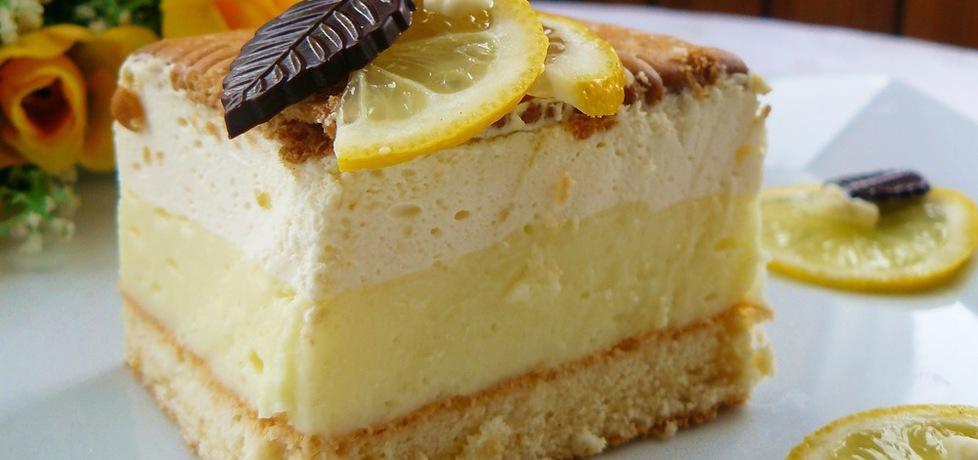 ciasto cytrynowe z orzeźwiającym kremem budyniowym i puszystą ...