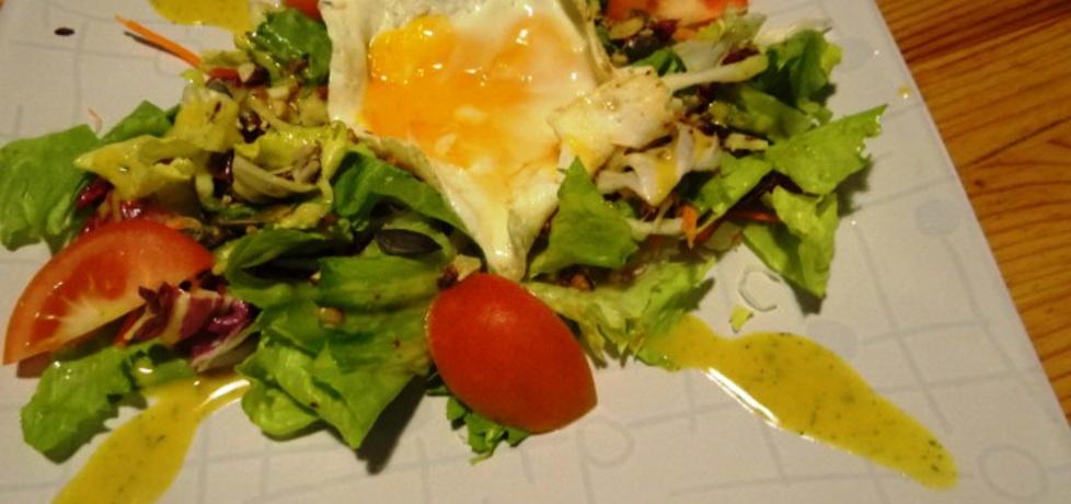 Świeża sałata z jajkiem (autor: muffina)