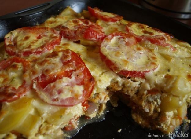 Zapiekanka z kurczakiem i pomidorami