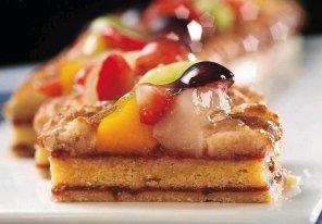 Ciasto marcepanowe z owocami  prosty przepis i składniki