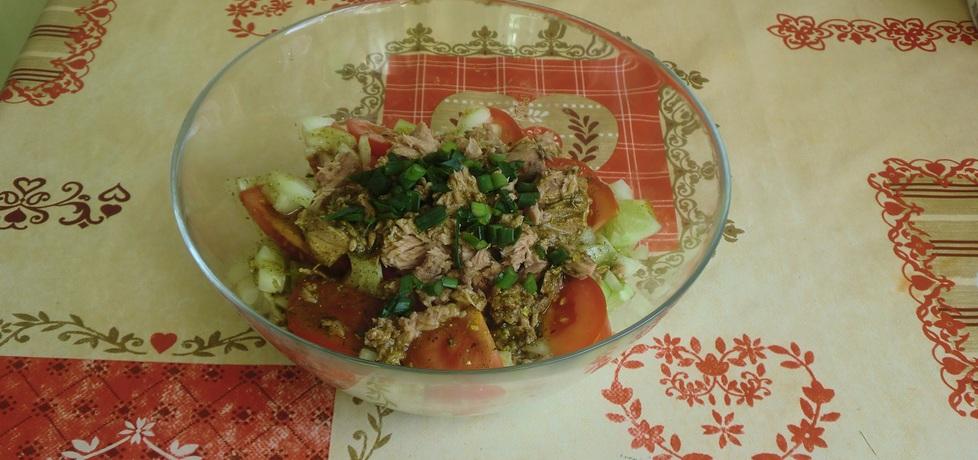 Sałatka z tuńczykiem i fetą (autor: ania321)