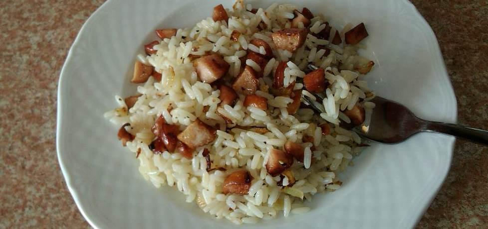 Ryż z parówkami na ostro (autor: konczi)