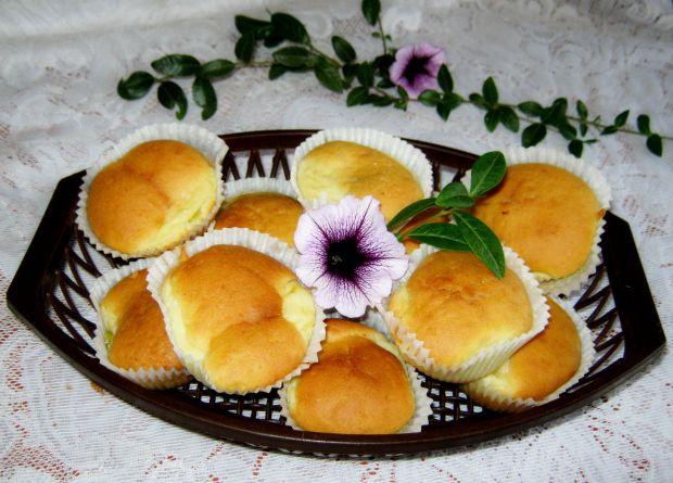 Przepis  muffinki z serem przepis
