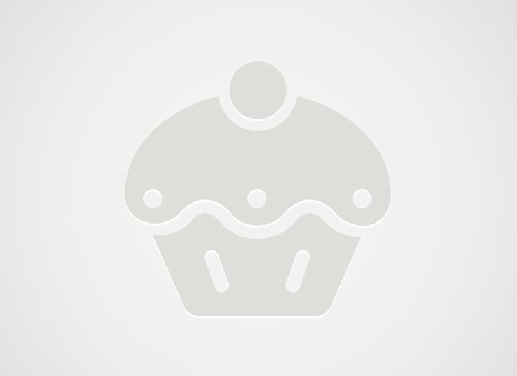 Herbatnikowe ciasto bez pieczenia z kaszą manną