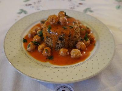 Małe pulpeciki w sosie pomidorowym