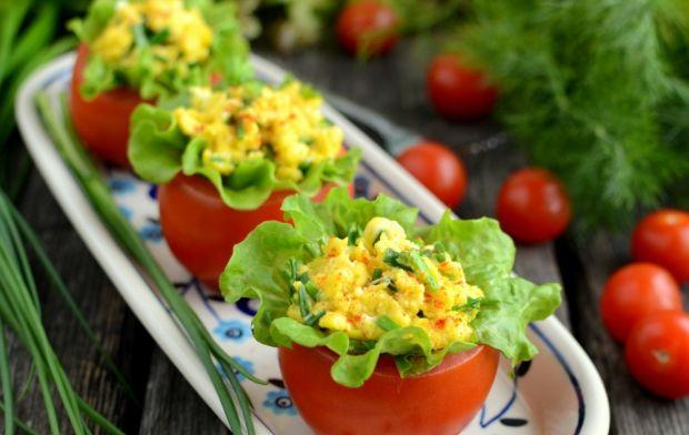 Przepis  pomidory faszerowane jajecznicą przepis