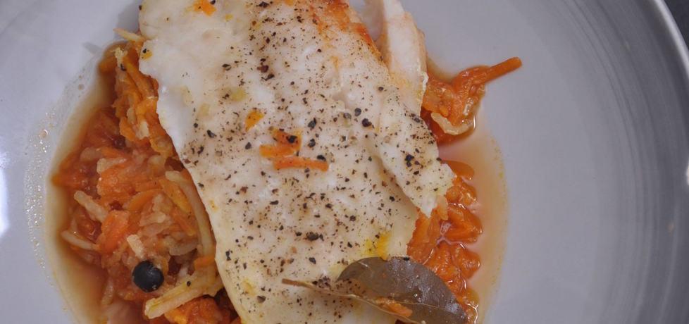 Ryba z duszonymi warzywami (autor: azgotuj)