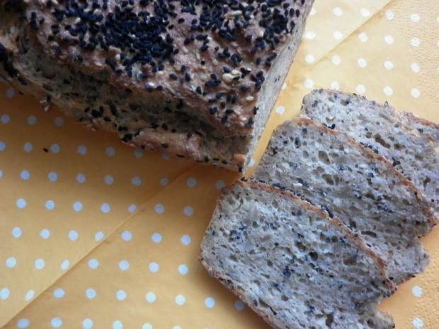 Przepis  orkiszowy chlebek z czarnuszką przepis
