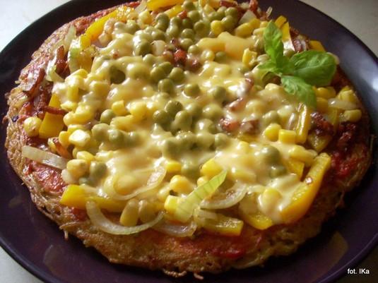 Pizza makaronowa z patelni