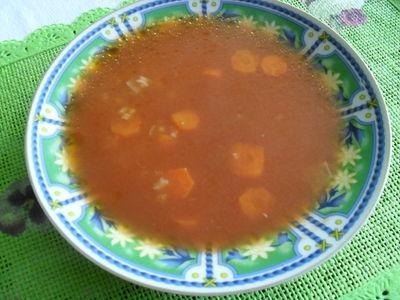 Zupa pomidorowa z ryżem (tradycyjna)
