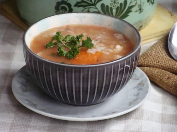 Przepis  zimowa zupa gołąbkowa przepis