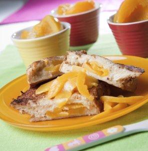 Brzoskwiniowe tosty francuskie  prosty przepis i składniki