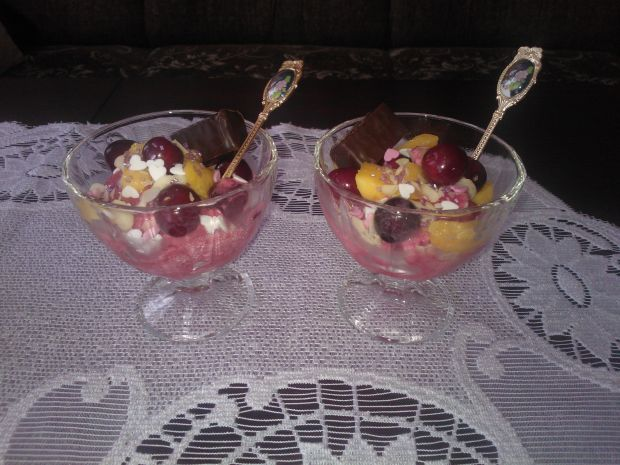 Przepis  lody jogurtowe o smaku wiśniowym przepis