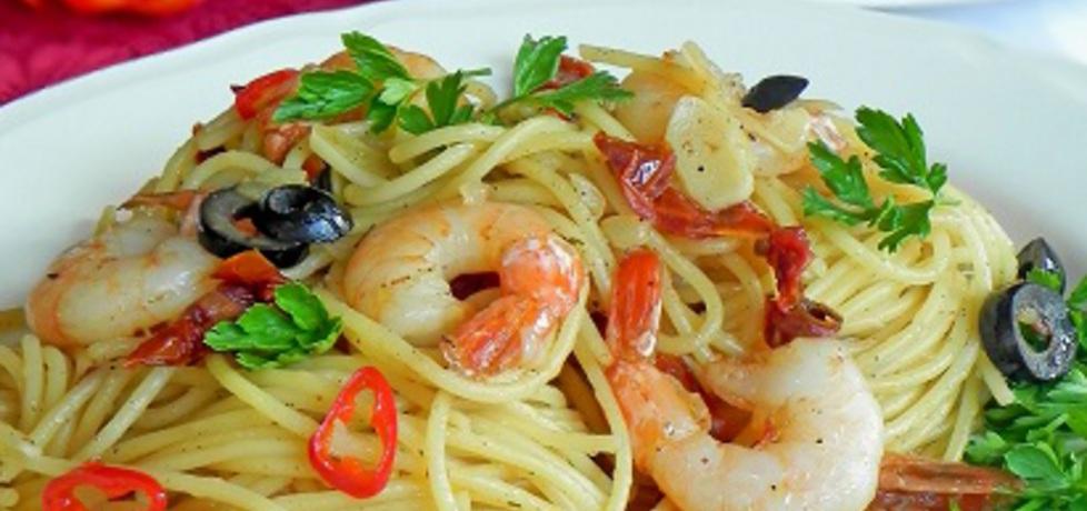 Spaghetti z krewetkami, suszonymi pomidorami i oliwą truflową ...