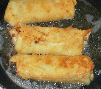 Krokiety z pieczarkami, grzybami i serem