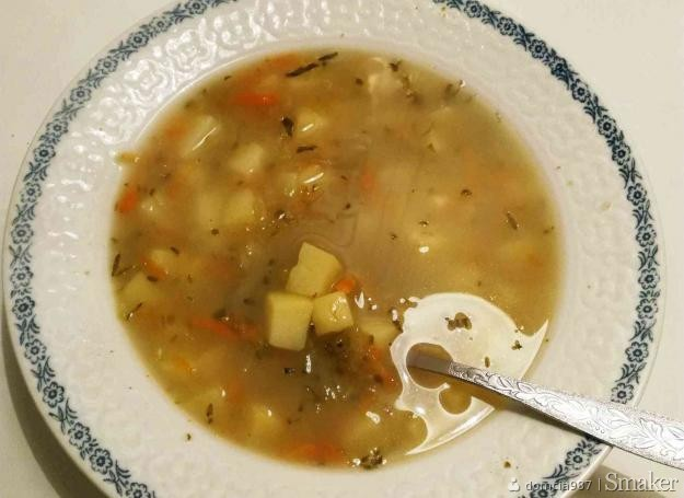 Zupa ogórkowa dietetyczna