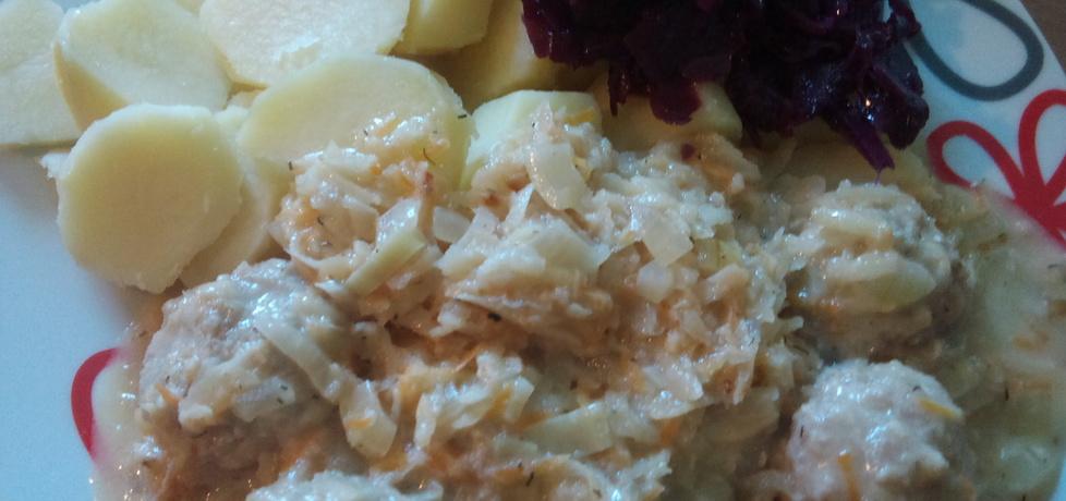 Pulpeciki w sosie warzywnym (autor: alexm)