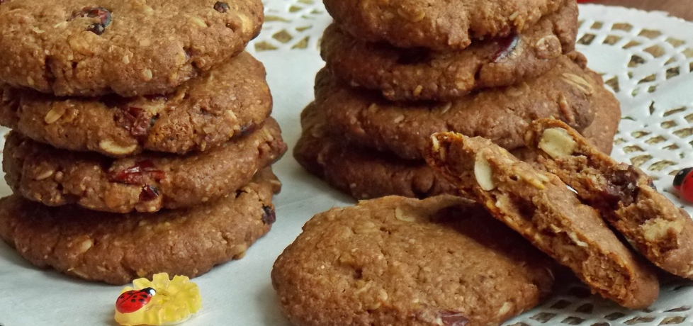 Czekoladowe owsiane ciasteczka z żurawiną (autor: mniam ...