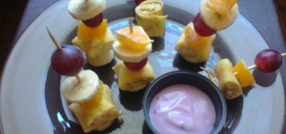 Naleśnikowe koreczki z owocami (autor: betka)