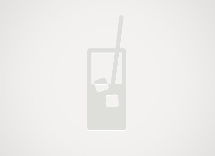 Cinzano bianco z sokiem jabłkowym i cynamonem