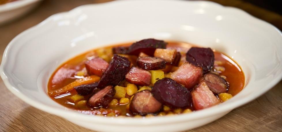 Doradca smaku vi: zupa z ciecierzycy z pieczonymi burakami, odc. 9