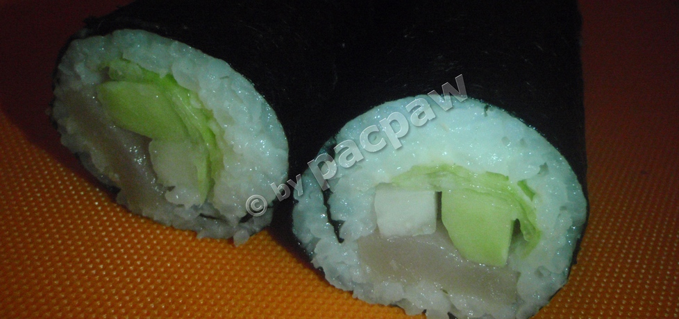 Zielone sushi maki z bryndzą i miecznikiem (autor: pacpaw ...