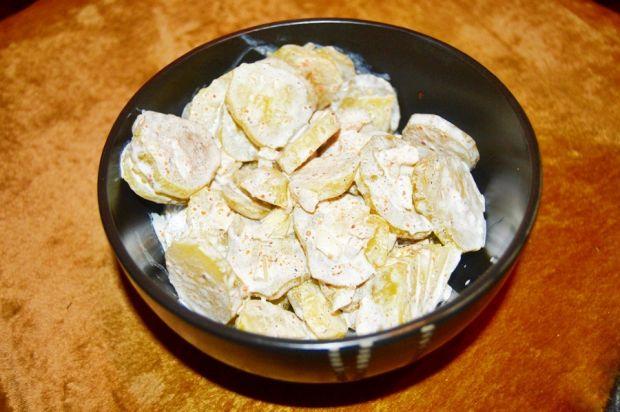 Przepis  sałatka z kiszonych ogórków przepis