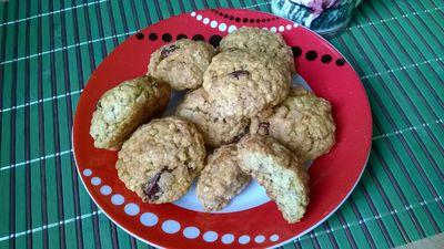 Ciasteczka owsiane z orzechami i kokosem
