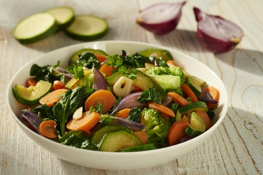 Chrupiące warzywa z patelni