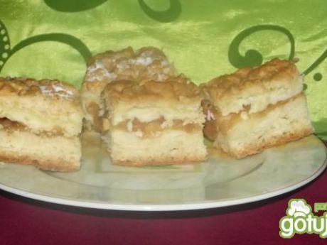 Ciasto Ucierane z Budyniem i Jabłkami Ucierane Ciasto z Budyniem i