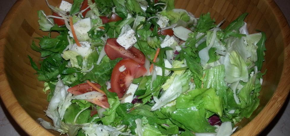 Grecka sałatka z serem mozzarella (autor: bertpvd)
