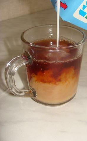 Super przepis: herbata z mlekiem. gotujmy.pl