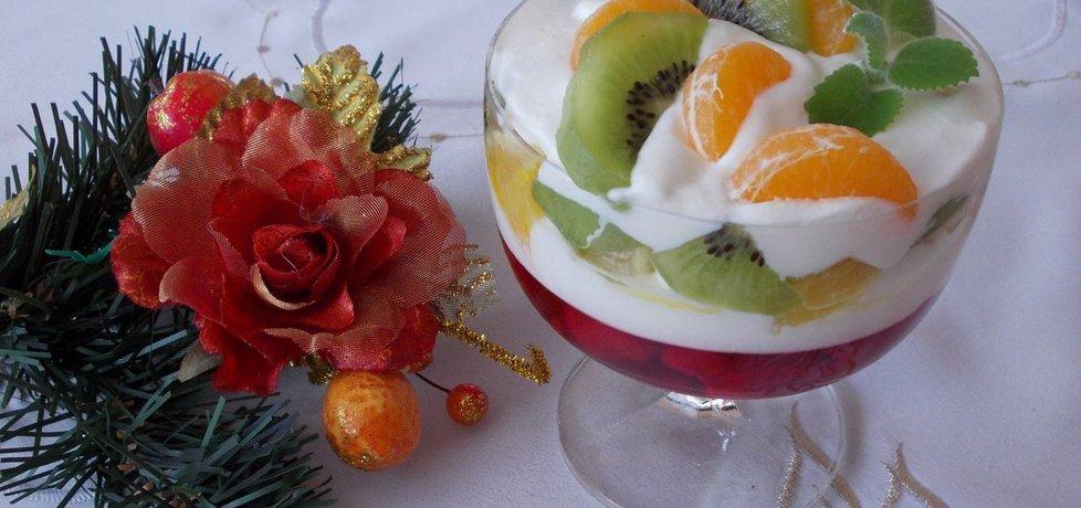 Dietetyczny deser z owocami i kefirem. (autor: bernadeta1 ...