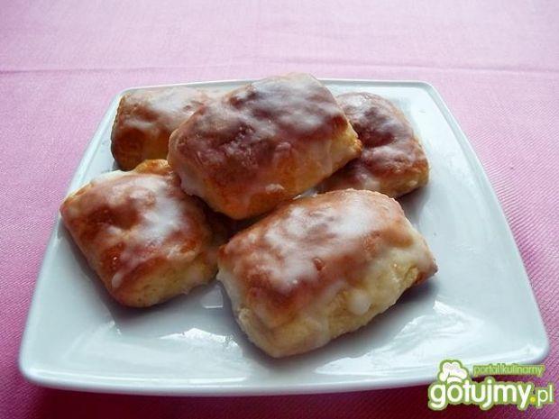 Sposoby na przygotowanie: serowe bułeczki z jabłkiem. gotujmy.pl