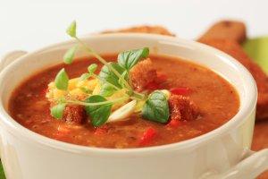 Zupa pomidorowa z ciecierzycą  prosty przepis i składniki