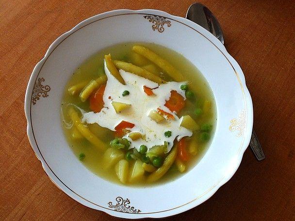 Przepis  zupa z fasolką szparagową i groszkiem przepis