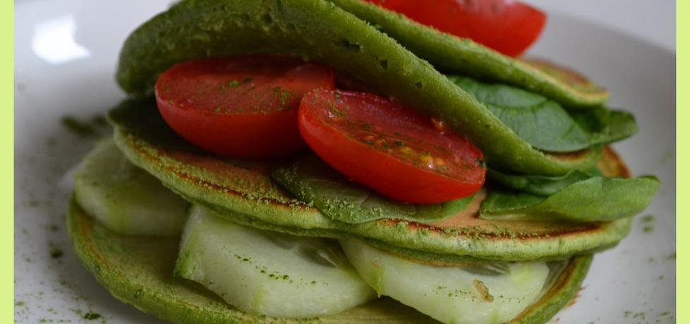 Zielone pancakes z młodym jęczmieniem (autor: wyattearp ...