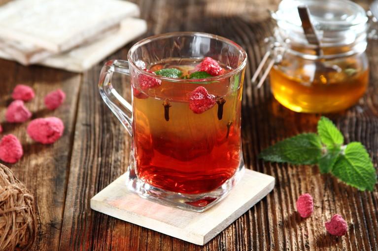 Zielona herbata z malinami