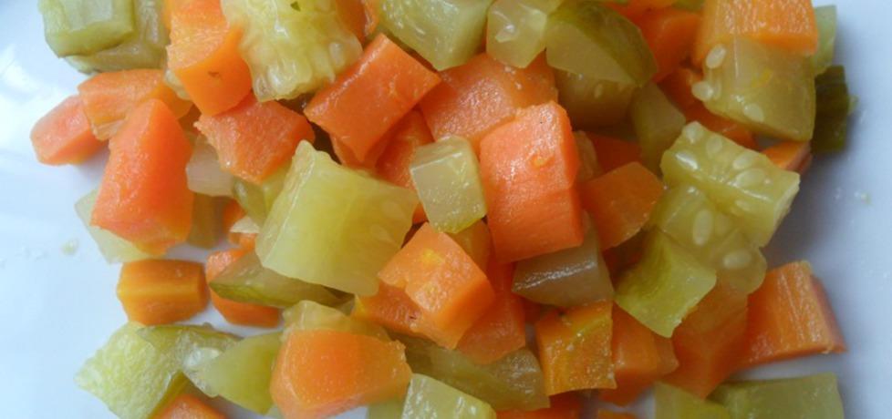 Sałatka z marchewki i ogórków (autor: ikrakowianka ...