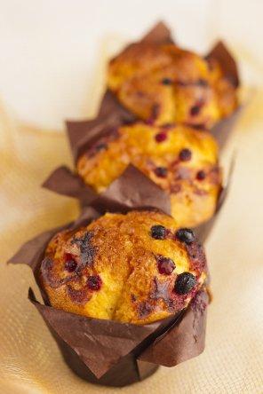 Muffinki z owocami leśnymi  prosty przepis i składniki