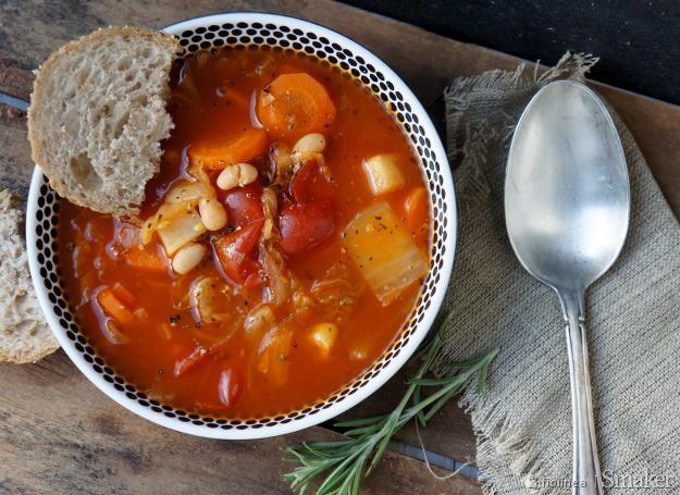 Ribollita  toskańska zupa warzywna