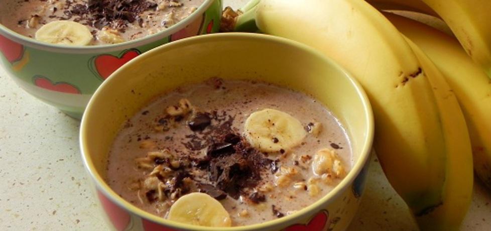 Płatki owsiane na mleku, z bananem, czekoladą i miodem (autor ...