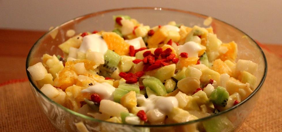 Sałatka owocowa z jagodami goji (autor: pyszota)